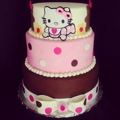 Hello Kitty Baby Shower Cake by Simply Sweet Creations (www.simplysweetonline.com)