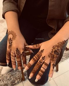 #henna #tattoo Indian Henna Designs, Latest Arabic Mehndi Designs, Finger Henna Designs, Mehndi Designs For Beginners, Modern Mehndi Designs, Mehndi Design Pictures, Mehndi Designs For Fingers, Beautiful Henna Designs, Mehndi Designs For Hands