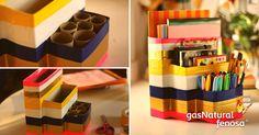 Recicla cajas de cereal, galletas, harina, etc., y conviértelas en un lindo archivero. También puedes colocar rollos de papel higiénico para colocar lápices o plumas (como se muestra en la imagen). Unelas con cinta adhesiva y decóralas como más te guste.