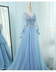 Floral Prom Dresses, Pretty Dresses, Beautiful Dresses, Amazing Prom Dresses, Formal Dresses, New Party Dress, Bridal Party Dresses, Baby Blue Wedding Dresses, Light Blue Wedding Dress