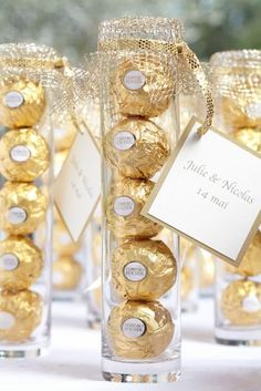 20 Best wedding favors, wedding favors for guests cheap, rustic and eleagnt wedd. 20 Best wedding favors, wedding favors for guests cheap, rustic and eleagnt wedding theme Creative Wedding Favors, Edible Wedding Favors, Wedding Favors For Guests, Chocolate Wedding Favors, Gold Wedding Favors, Edible Favors, Wedding Reception, Wedding Events, Budget Wedding