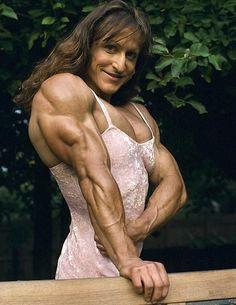 Christine Envall  female bodybuilder