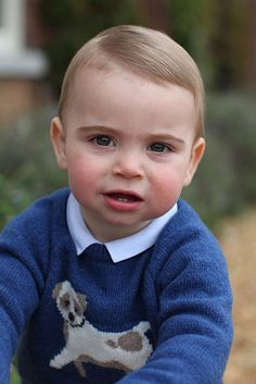Best photos of Prince George, Princess Charlotte and Prince Louis taken by mum Kate Middleton Lady Diana, Kate Middleton, George Of Cambridge, Duchess Of Cambridge, Prince William Et Kate, Prince Charles, Prince William Children, Prince George Baby, Prince Georges