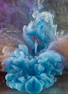 Colour explosions underwater - the art of Kim Keever - The Chromologist