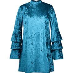 Tiered Sleeve Plus Size Velvet Dress ($18) ❤ liked on Polyvore featuring dresses, blue color dress, velvet dress, blue tiered dress, blue velvet dress and long-sleeve velvet dress