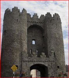 St. Laurence's Gate Ireland Travel, Gate, World, Building, Awesome, Places, The World, Portal, Buildings
