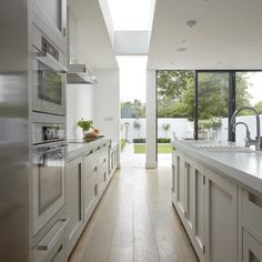 Modern kitchen extensions Extending your kitchen is one way to create a spacious family hub - here are our some of our favourite kitchen extensions. For more kitchen extension advice and ideas, take a look at the Livingetc galleries Living Room Kitchen, Home Decor Kitchen, Kitchen Interior, Home Kitchens, Living Rooms, Kitchen Diner Extension, Open Plan Kitchen, New Kitchen, Kitchen Layout