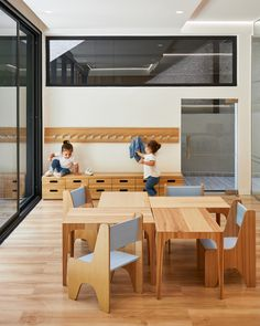 Image 15 of 26 from gallery of Nía School / Sulkin Askenazi. Photograph by Aldo C. Toddler Furniture, School Furniture, School Building, Building A House, Kids Cafe, Learning Spaces, Kid Spaces, School Design, Ground Floor