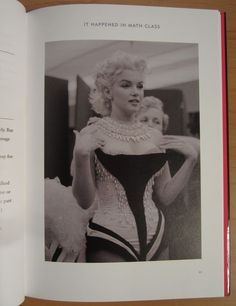 Marilyn Monroe; Lot met 4 uitgaven over sekssymbool Marilyn Monroe - 1982/1996