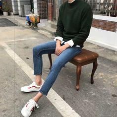 Thrift fashion, korean outfits, boy outfits, types of fashion styles, men c Korean Fashion Men, Best Mens Fashion, Boy Fashion, Fashion Outfits, Fashion Styles, Classy Fashion, Fashion Art, Retro Fashion, High Fashion