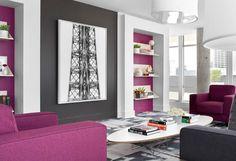 couleur de peinture en gris, blanc et violet et meubles assortis