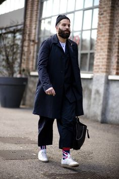 See the strongest street style from the best-dressed men attending the shows during women's week Autumn Winter 2017
