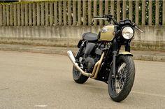 """Triumph Thruxton """"Panzer"""" by Magnoni Moto"""