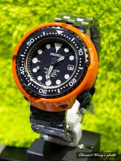 A Seiko Watch Speaks To Both Quality And Technology Big Watches, Stylish Watches, Seiko Watches, Luxury Watches For Men, Sport Watches, Cool Watches, Seiko Marinemaster, Seiko Diver, Beautiful Watches