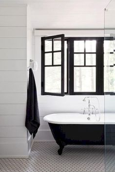 80 Modern Black and White Bathroom Decoration Ideashttps://carrebianhome.com/80-modern-black-white-bathroom-decoration-ideas/?utm_content=buffera463d&utm_medium=social&utm_source=pinterest.com&utm_campaign=buffer