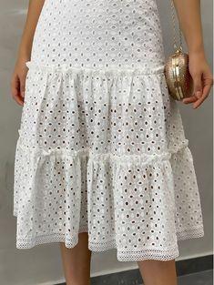 Vestido-Jackeline-Laise-Off Cute Dresses For Teens, Summer Dresses, White Lace Dress Short, Fashion Terms, Indian Designer Wear, Fashion Sewing, Feminine Style, Minimalist Fashion, African Fashion