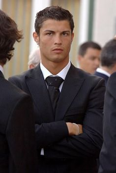 Cristiano Ronaldo fashion in a suit from Manchester United