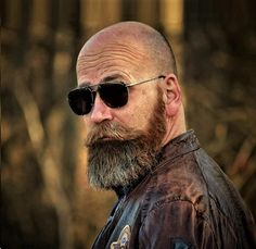 Top 30 Amazing Bald with Styles Men Bald with beard designs - Beard Bald Men With Beards, Black Men Beards, Bald With Beard, Bald Man, Full Beard, Beard Suit, Beard Fade, Beard Styles For Men, Hair And Beard Styles