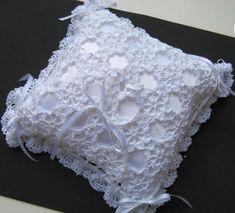 Ravelry: 433 Julie's Irish Wedding Ring Bearer Pillow pattern by