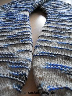 Ravelry: Kebnekaise Socks pattern by Frida Åberg How To Do Crochet, How To Purl Knit, Knit Crochet, Crochet Leaf Patterns, Crochet Leaves, Knitting Patterns, Wool Socks, Knitting Socks, Baby Knitting