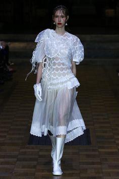 Simone Rocha   Ready-to-Wear Spring 2017   Look 7