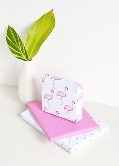 Printable flamingo gift wrap