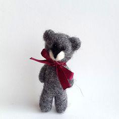 Gray bear brooch Needle felt gray bear pin Woolen jewelry by VoDi