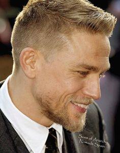 Frisuren Männer 2020 Kurz #hairstyles #hairideas Short Straight Hair, Short Hair Cuts, Thick Hair, Jax Teller Haircut, Boy Hairstyles, Straight Hairstyles, Hairstyle Ideas, Hair And Beard Styles, Curly Hair Styles