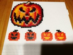 #ShareYourWorkWednesday comes from @NoobdieDoob on Twitter - getting in the Halloween Spirit with Hama Beads!