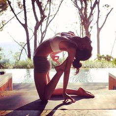 12 yoga poses to help you connect better with loved ones - Camel Pose