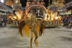 A tribute to Angola - A Escola de Samba Unidos de Vila Isabel foi um dos maiores destaques no desfile do Carnaval do Rio de Janeiro, até ao momento, numa homenagem a Angola. «Você semba lá que eu sambo cá. O canto livre de Angola» foi o tema do desfile e que já arrebatou a crítica.
