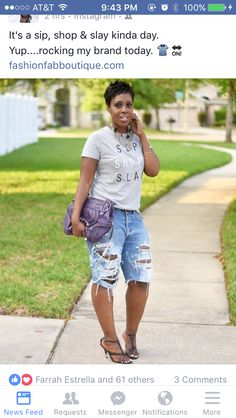 I love how comfortably chic you look in our destroyed Levi's shorts. Don't forget to tag us in your CSC finds for a feature. Short Outfits, Chic Outfits, Kids Outfits, Summer Outfits, Fashion Outfits, Womens Fashion, Fashion Shoot, Jean Outfits, Ripped Bermuda Shorts