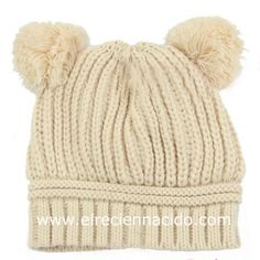 Gorro lana para bebé con pompones. En un bonito color beige e0f8dc9bdc8