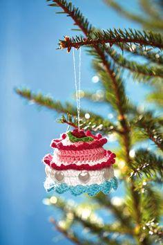 Christmas ornament - crocheted cake.