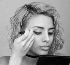 Isabel Bedoya: Black Magic Liquid Eyeliner