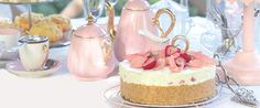 High tea tea party ~ love the pink and gold tea pots Tee Sandwiches, High Tea Food, Afternoon Tea Parties, Tea Recipes, Party Recipes, My Tea, Cakepops, Tea Party, Sweet Treats