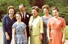 Beatrix,Christina,Prins Bernhard,Koningin Juliana,Irene,Margriet