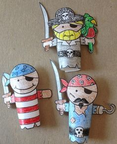 """DIY Puppet Crafts!  Get ready for our upcoming show """"The Pirate, The Princess, and The Pea,""""  with this fun pirate-themed project!  """"The Pirate, The Princess, and The Pea"""" by Crabgrass Puppet Theatre Wednesday 23 - Saturday 26, 1030am & 1pm  BUY TICKETS  Make your own characters in under 30 mins. Recommended for ages 5 & up,  with parental supervision. Be creative and have fun! Once you've finished,  you and your new mateys can go on adventures for buried treasure and sail  the seven seas…"""