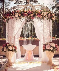30 Wedding Ceremony Decorations Ideas The ceremony is the most thrilling aspects of the celebration. Every girl has imagined this moment! We collected wedding ceremony decorations ideas for you. Tulip Wedding, Dusty Rose Wedding, White Wedding Flowers, Wedding Colors, Dream Wedding, Blush Flowers, Purple Wedding, Luxury Wedding, Wedding Hair
