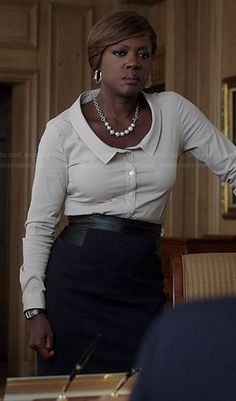 Annalise's white scoopneck collared shirt on How to Get Away with Murder.  Outfit Details: http://wornontv.net/38744/ #HTGAWM