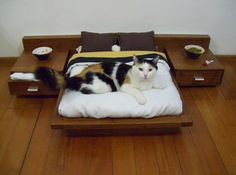 Furniture for cats... You know I wil be checking Taobao for this.  My cat would love it