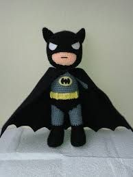 Amigurumi: Creative Ideas and Tips for Making Beautiful Mo . - Entire birthday parties can be decorated with amigurumi. Batman Amigurumi, Amigurumi Doll, Love Crochet, Crochet Baby, Knit Crochet, Knitted Dolls, Crochet Dolls, Crochet Crafts, Crochet Projects