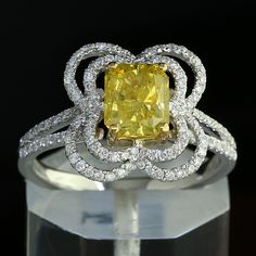 1.92 ct Radiant Cut Fancy Yellow Diamond van BigAppleJewels op Etsy