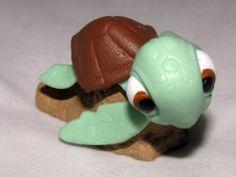 Baby Sea Turtle Squirt Finding Nemo Disney Pixar Figurine Figure Toy Cake Topper #Disney