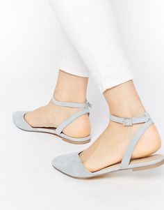 30 Closed-Toe Shoes for Summertime: latest shoes ideas.