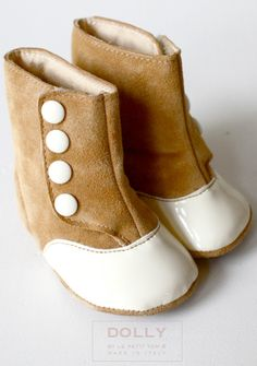 I ADORE THESE!!!   *Le Petit Tom Baby Button Boots