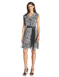 MSK Women s Petite Shortsleeve Sd Ruffle Piped Dress, Black White, 10  Petite Very ladylike ,add string of pearls, a pair of heels From office to  party b6fcf4656373