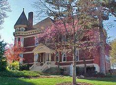 Built in 1892, Skyview Mansion is a Queen Anne Victorian in Leavenworth, Kansas