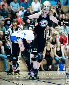 Copenhagen Roller Derby – Rollin Heartbreakers vs. Lincolnshire Bombers Roller Girls, June  2013 #rollerderby © 2013 Peter Troest. All rights reserved.