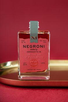 Negroni Abrogatto 18 on Packaging of the World - Creative Package Design Gallery Beverage Packaging, Bottle Packaging, Brand Packaging, Design Packaging, Simple Packaging, Coffee Packaging, Soap Packaging, Label Design, Package Design